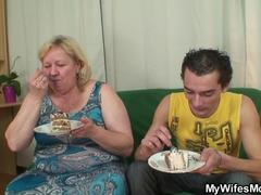 Plump, Group, Mature, Fat, Not son, Old, High definition, Doggystyle, Grandmother, Granny