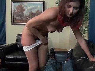Μαμά και γιός σεξ εκβιασμός
