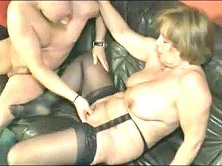 Ázijský bisexuálne orgie