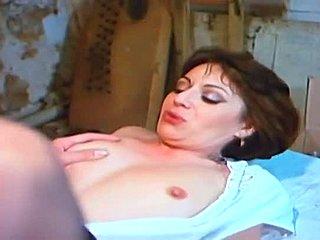 porno videa zdarma eben MILF
