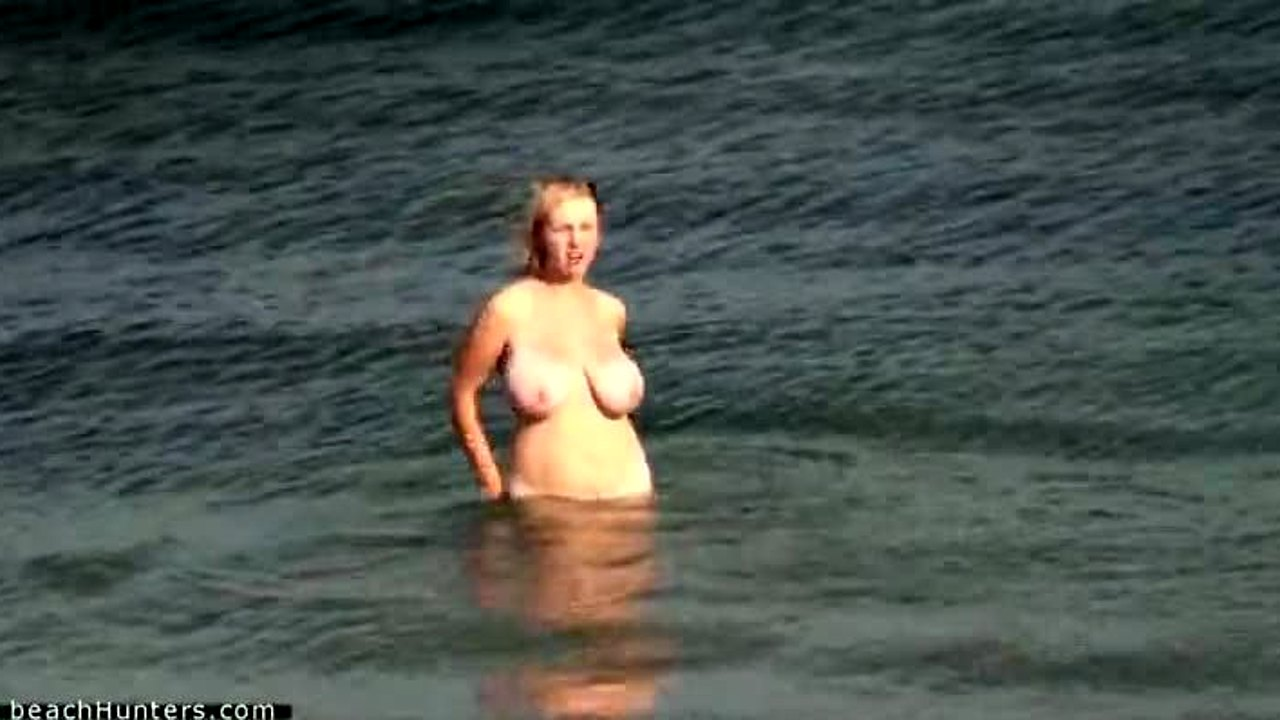 Beach Hunter Sex Boobs